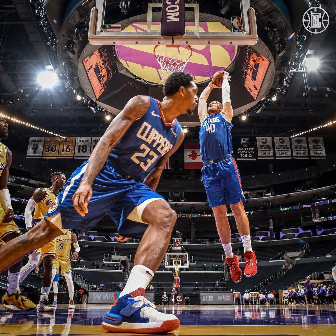 NBA  湖人领总冠军戒指!乔治穿 PG5 挑翻冠军!开赛两天球星上脚抢先看!