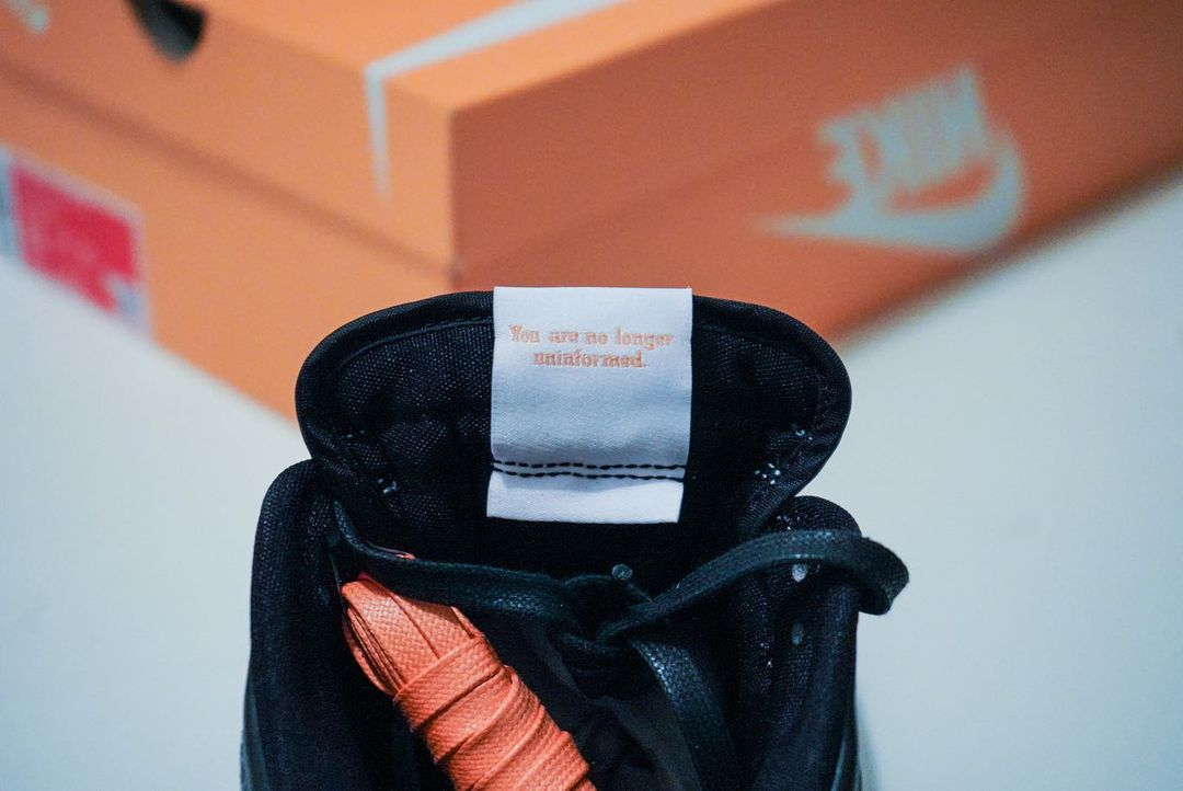 Nike,Dunk  Nike 神秘部门专属!全新 Dunk 首次曝光,还有倒钩?!