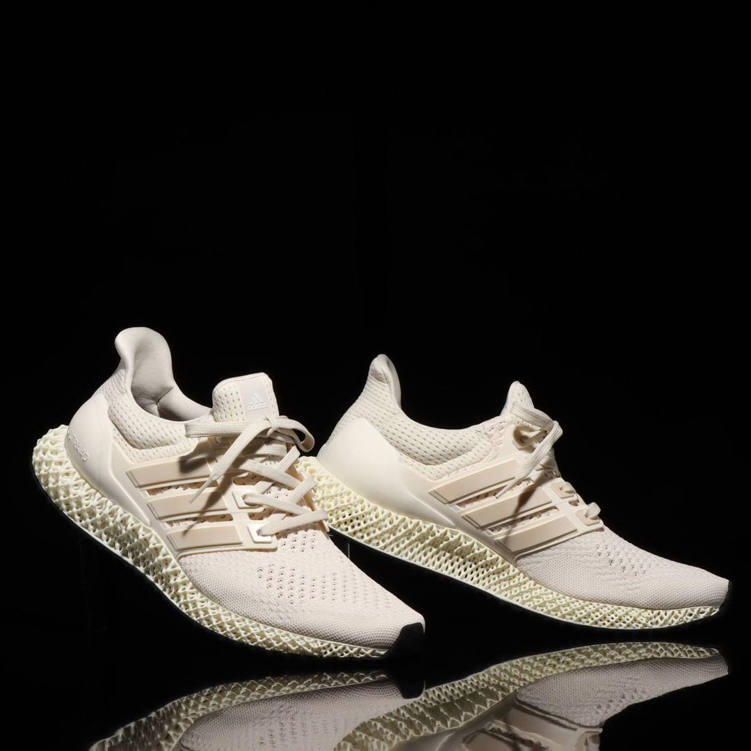 《纯白adidas Ultra 4D 货号:FX4089》
