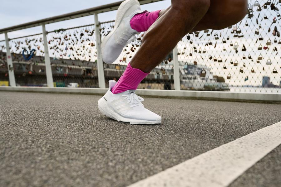 Ultra Boost 21,UB21,发售  限量首发开启登记!Ultra Boost 21 刚刚发布!鞋型大幅进化!