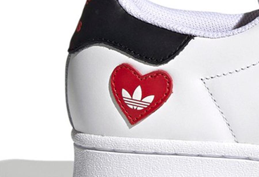 """adidas,""""Valentine's Day""""  adidas 情人节系列单品曝光!红心设计太吸睛!"""