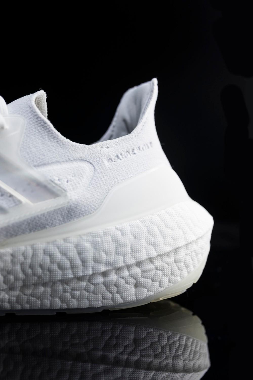 adidas,Ultra Boost 2021  限量 500 双!今天发售!这才是 Boost 终极形态!网友:真的太大了…