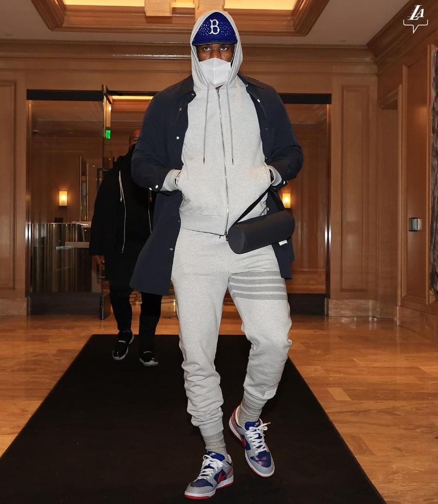 詹姆斯,Nike,LeBron 8,Think Pink  詹皇重回克利夫兰!上脚「抗乳腺癌」LeBron 8!