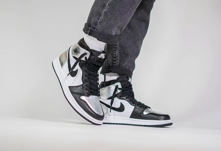 Air Jordan 1 High OG,WMNS,Silv  越看越想要!黑银脚趾 AJ1 上脚照曝光,下周五国内发售!
