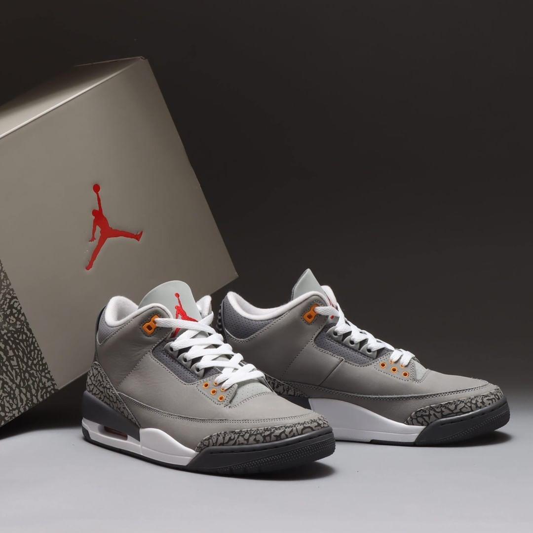 Air Jordan 3,AJ3,Cool Grey  市价翻三倍!SNKRS 刚刚上架的樱花粉 Dunk Low,你抢到了么?