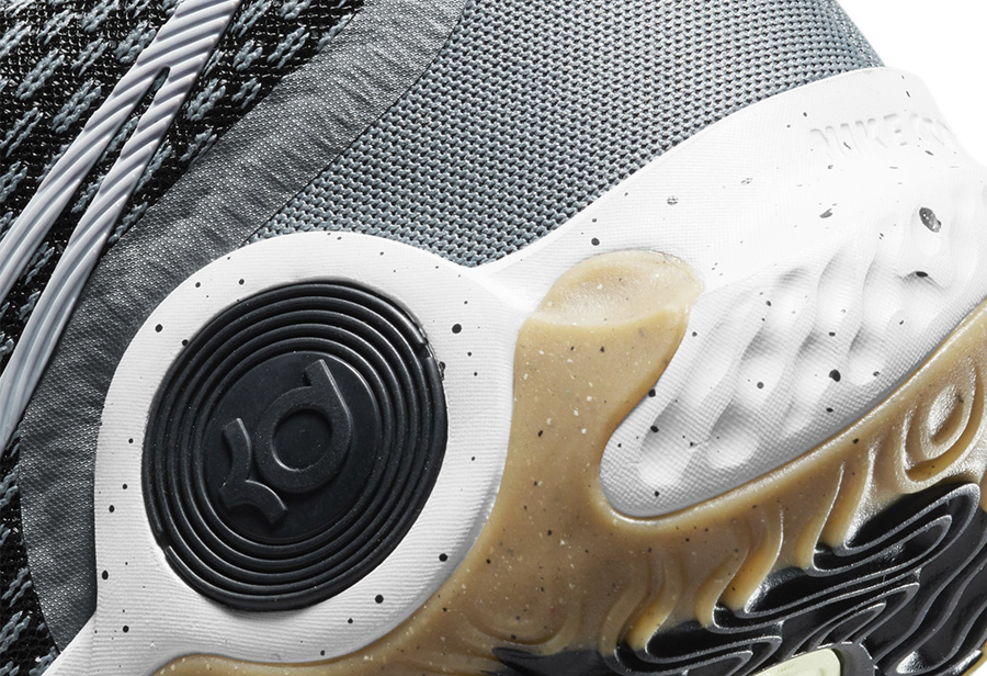 KD TREY5 IX,Nike  新一代 KD 支线!KD TREY5 IX 科技配置够良心!