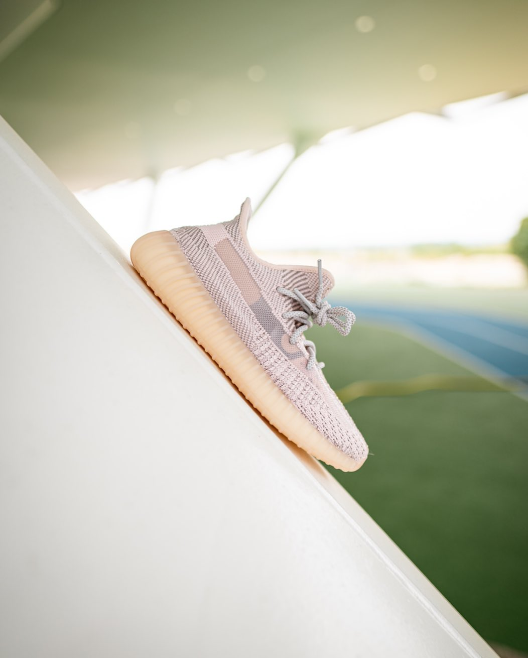adidas,Yeezy 350,Yeezy Boost 3  人傻了!倒闭 Yeezy 350 全起飞!纯白破 5K!后悔没早买!