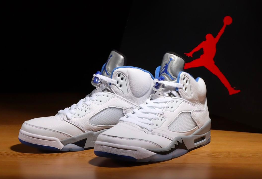 "DD0587-140,AJ5,Air Jordan 5 DD0587-140 AJ5 清新白蓝!看看 Air Jordan 5 ""Stealth 2.0"" 实物美图吧!"