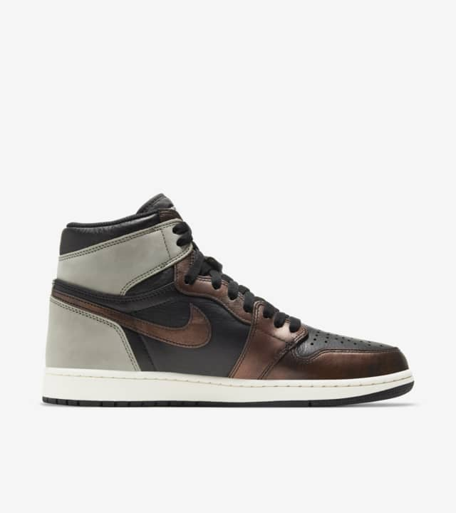 Nike,AJ1,Air Jordan 1,555088-0  这颜值太高了吧!古铜变色龙 AJ1 明早发售!