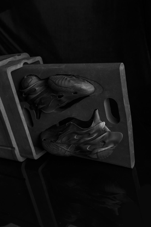 SCRY,开箱,上脚  颠覆想象!这是我见过最怪的球鞋!看完价格我人傻了!