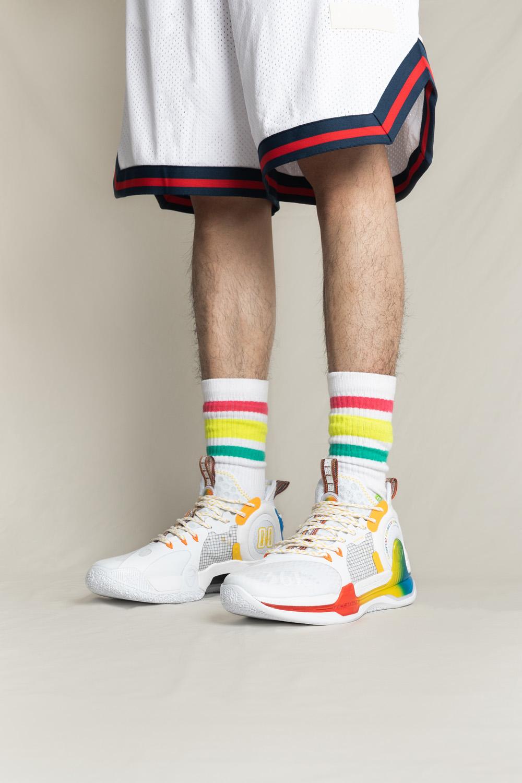 361°,AG1 SE  最近这鞋卖得超好!清爽又吸睛,上脚确实香!