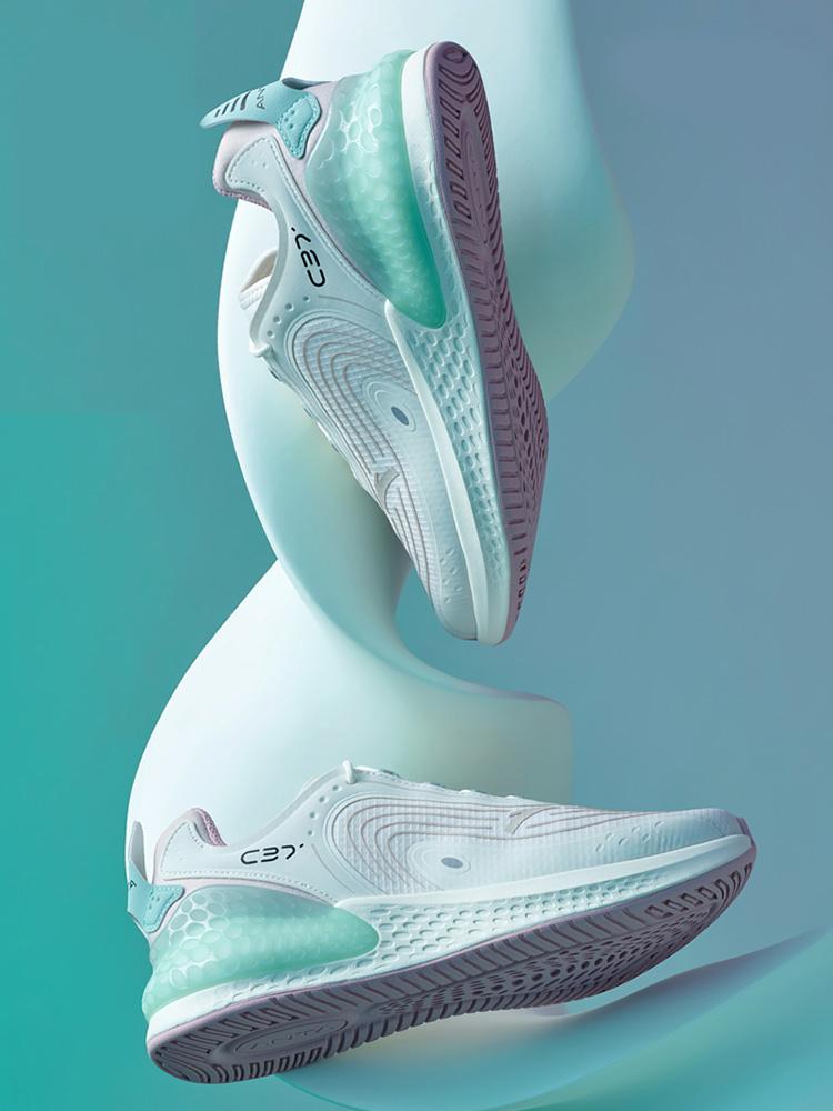 跑鞋,推荐,清单  五双「性价比王者」跑鞋推荐 !现在二百多就能买!