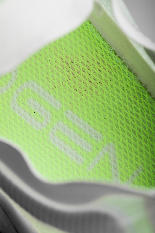 氢跑鞋 ZERO,发售,安踏  创造世界纪录!这是我穿过最轻的鞋!这样的特殊包装真没见过!