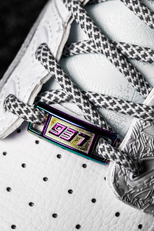 李宁,937 Deluxe Low,反伍  明天发售先到先得!「隐藏惊喜」新鞋抢先开箱!真羡慕有资格买的人!