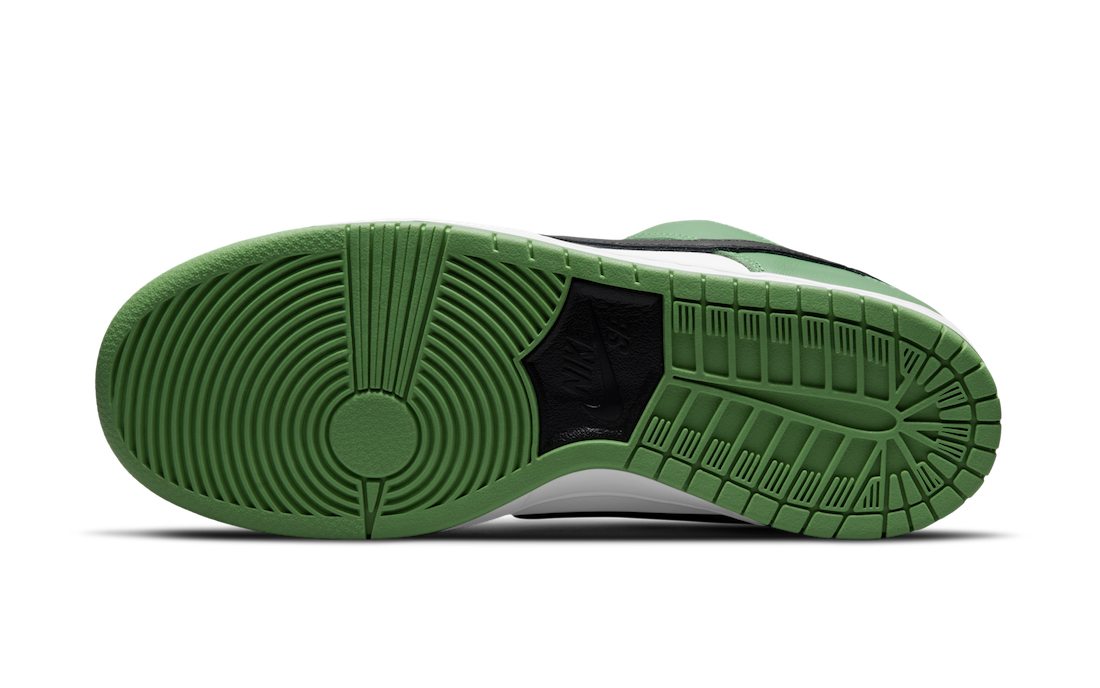 Nike,Dunk Low,Classic Green,BQ  黑绿脚趾装扮!全新配色 Dunk SB 官图曝光!