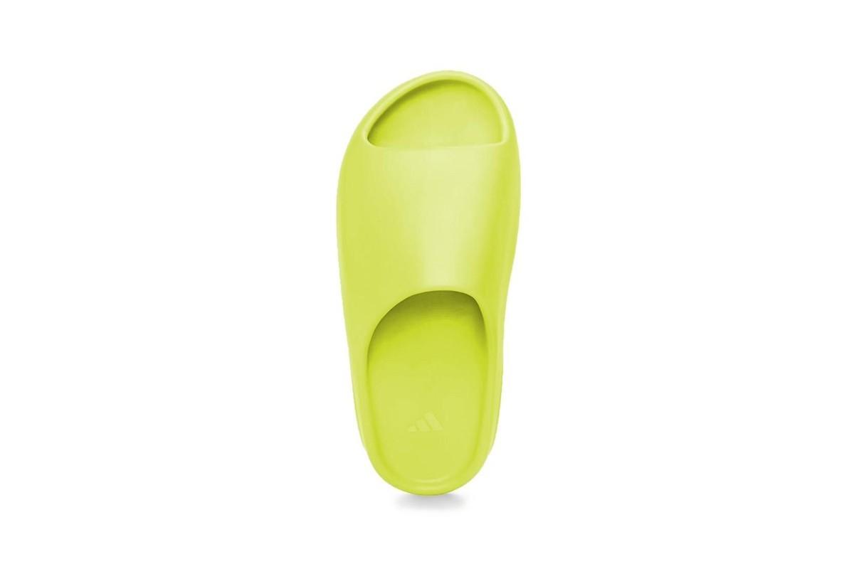 adidas,Yeezy Slide,  又出新配色!全新 Yeezy Slide 即将发售