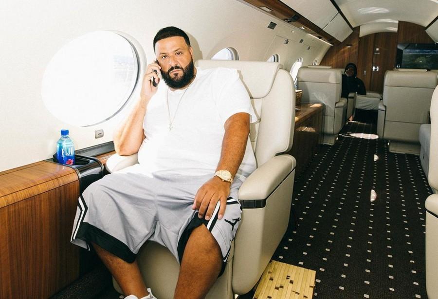 Travis Scott,Jordan,DJ Khaled,  「白奥利奥」AJ4 上脚曝光!这波又被 DJ Khaled 装到了!