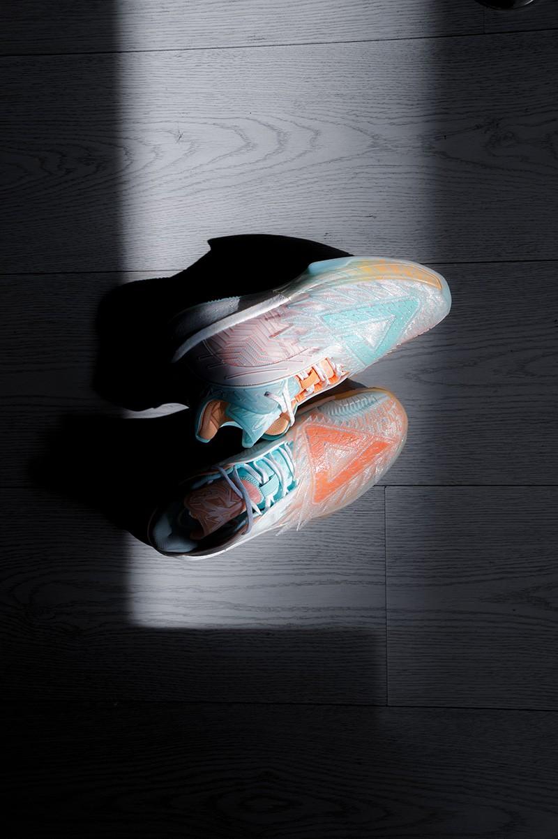 不服,来,战,翅膀,太,美了,上半年,「,最美,  不服来战!3D 翅膀太美了!上半年「最美球鞋」非它莫属!