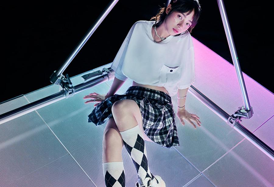 anta,安踏,霸道3.0,王一博  JK 短裙 + 长筒袜…脚上穿的竟是它!?「王一博同款」新配色来啦!