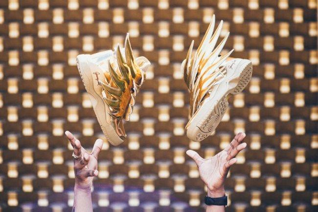 adidas Originals,Jeremy Scott  「鬼才设计师」重出江湖!Jeremy Scott x adidas 即将再度登场!