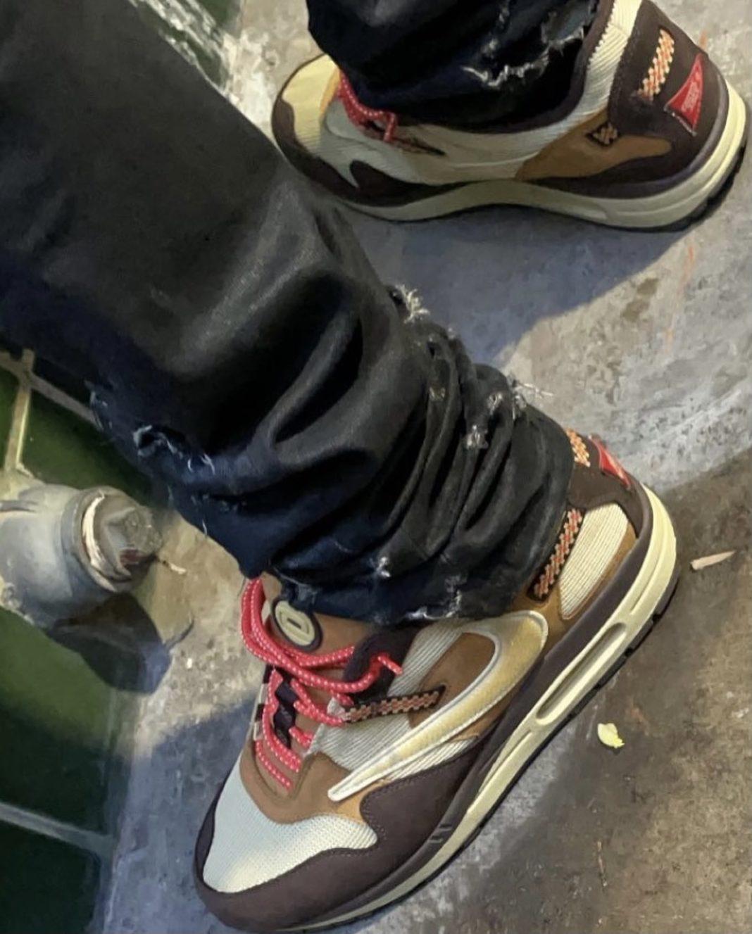 Nike,Travis Scott,Air Max 1  全新实物曝光!「反钩」Air Max 1 传闻年底发售!