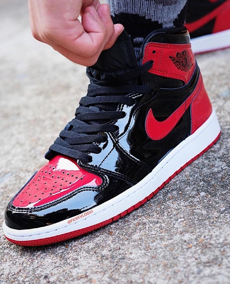 AJ1,Air Jordan 1 High OG,Bred  时隔五年即将回归!「黑红禁穿 AJ1」最新上脚图曝光!