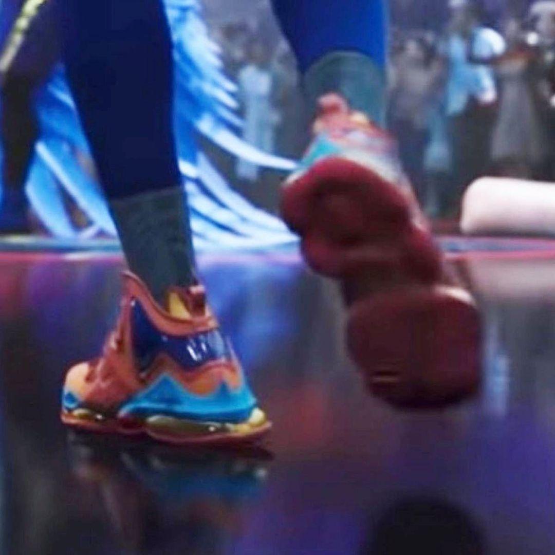 Nike,LeBron 19  LeBron 19 提前曝光?!《空中大灌篮 2》最新预告片剧透了!