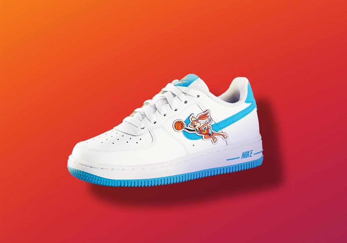Nike,LeBron 19,发售  LeBron 19 清晰实物来了!超大气垫真离谱!下月发售!