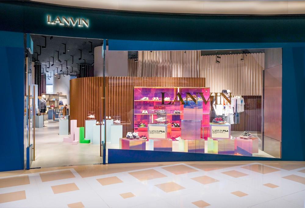 LANVIN,FILA,发售  Travis Scott 超爱的牌子出新联名鞋了!最近不少明星抢着穿!