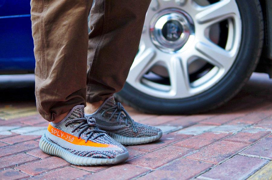 Yeezy 350 V2,adidas,发售  市价 8000 的灰橙 Yeezy 年底回归!竟然还是满天星!