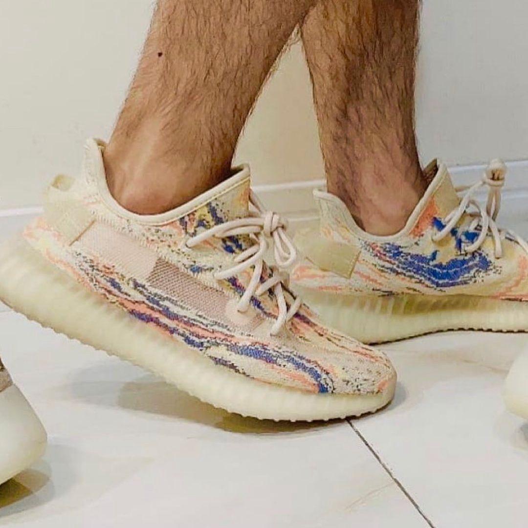 adidas,Yeezy Boost 350 V2,MX O  还有新改动!全新「暴龙兽」Yeezy 350 V2 实物图曝光!