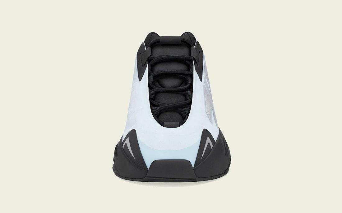 adidas,Yeezy 700 MNVN,GZ0711,B  夏日浅蓝配色!全新 Yeezy 700 MNVN 发售日期定了!