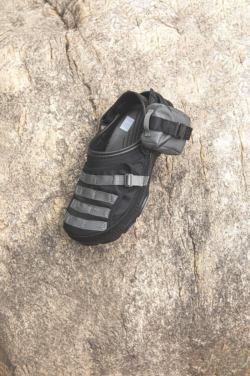 Crocs,BEAMS  上次市价翻倍真难抢!带兜的「联名神鞋」高调回归!明早限量补货!