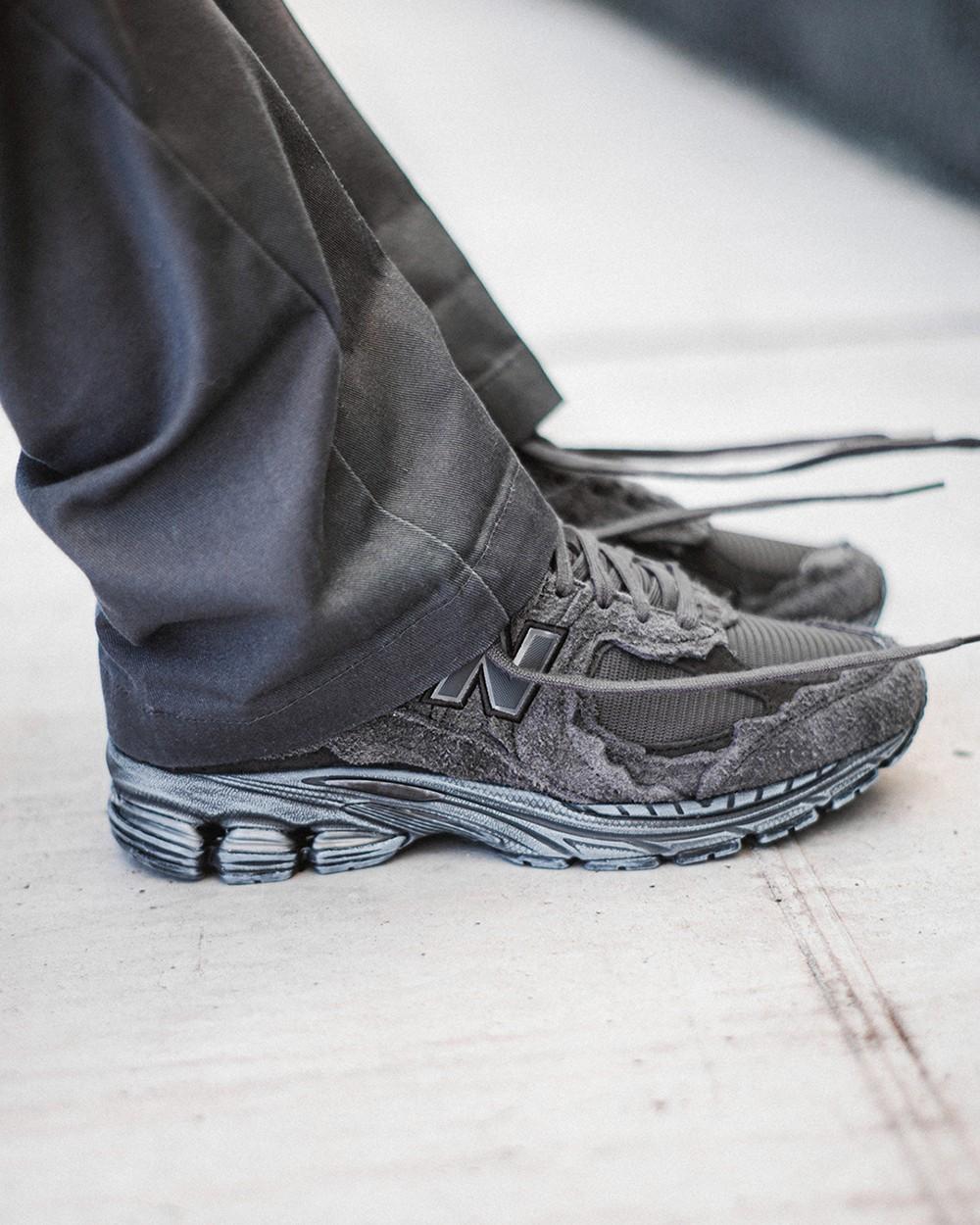 New Balance,2002R,Rain Cloud,P  今年最火鞋型之一!「不规则剪裁」2002R 质感粗犷又细腻!