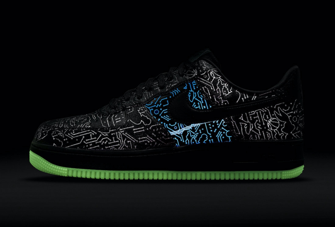 Nike,Space Jam,Air Force 1 Low  「大灌篮」x AF1 官图曝光!全夜光造型太帅了!