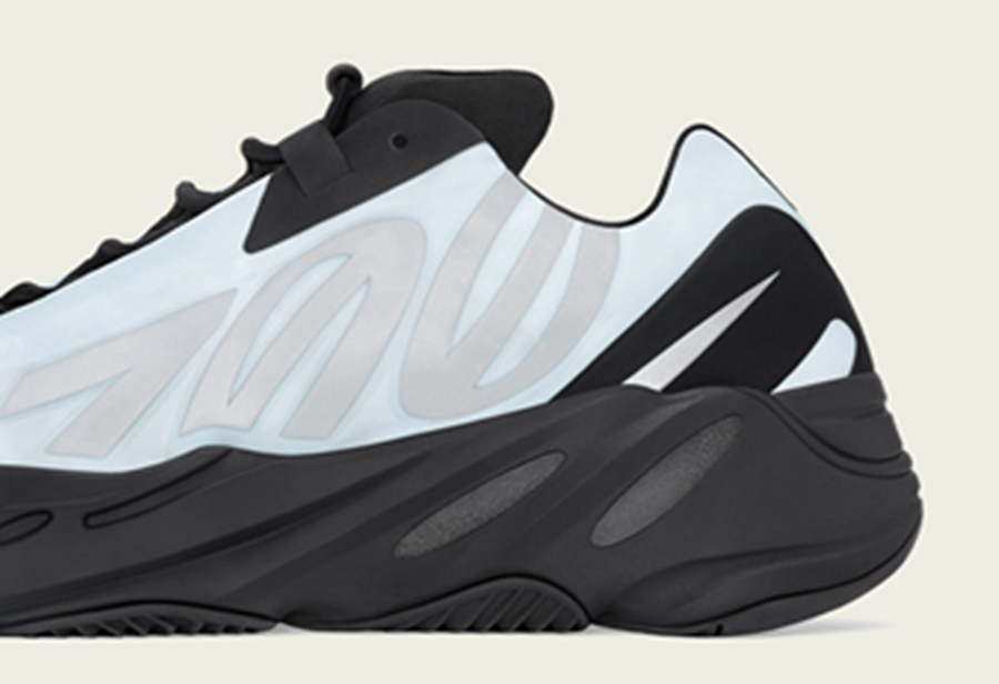 Yeezy 700 MNVN,adidas,发售  清爽又百搭!冰蓝 Yeezy 700 MNVN 刚刚开始登记!