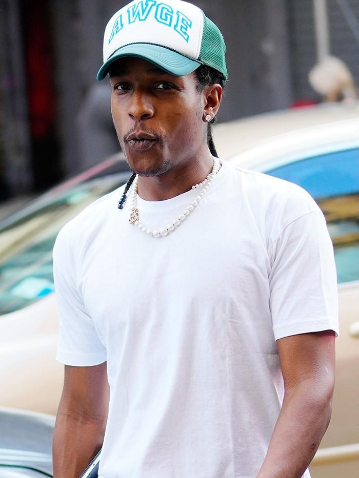 A$AP Rocky,Vans,Slip-On  熟悉的火焰点缀!A$AP Rocky 上脚全新 Vans 联名!