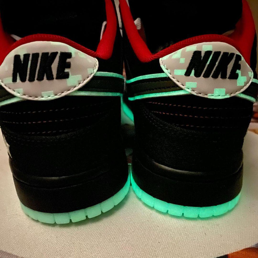 LPL,Nike,Dunk Low  丝绸龙纹中国风!LPL x Dunk 实物曝光!细节真多!