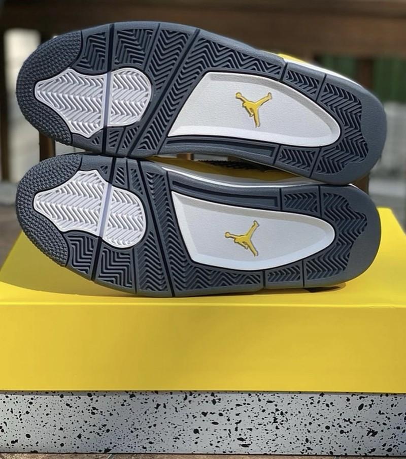 AJ4,Air Jordan 4,Lightning,CT8  下月登场!「电母」AJ4 最新实物曝光!这颜值还不爱?