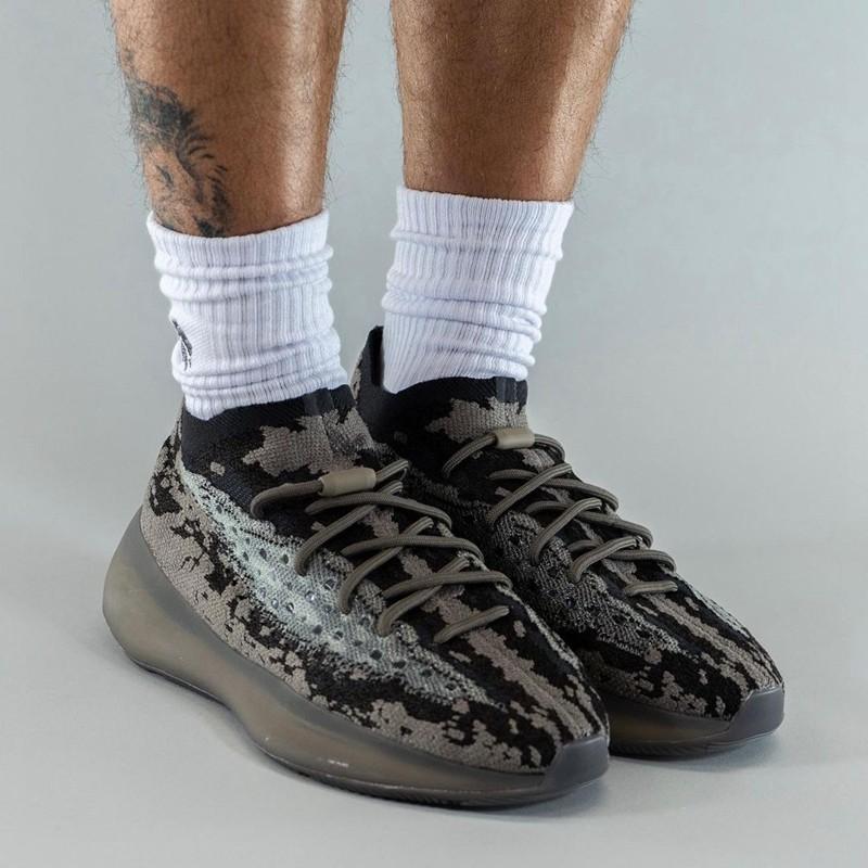 Yeezy 380,adidas,GZ0472  发售信息有了!「黑灰」Yeezy 380 实物上脚曝光!