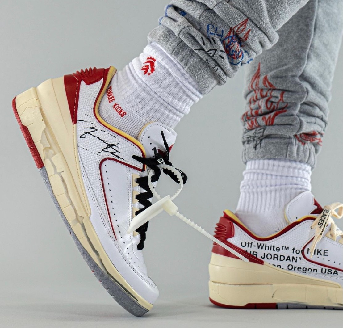 Jordan,Air Jordan 2,AJ2  做旧破坏设计!「芝加哥」OW x AJ2 最新上脚图曝光!