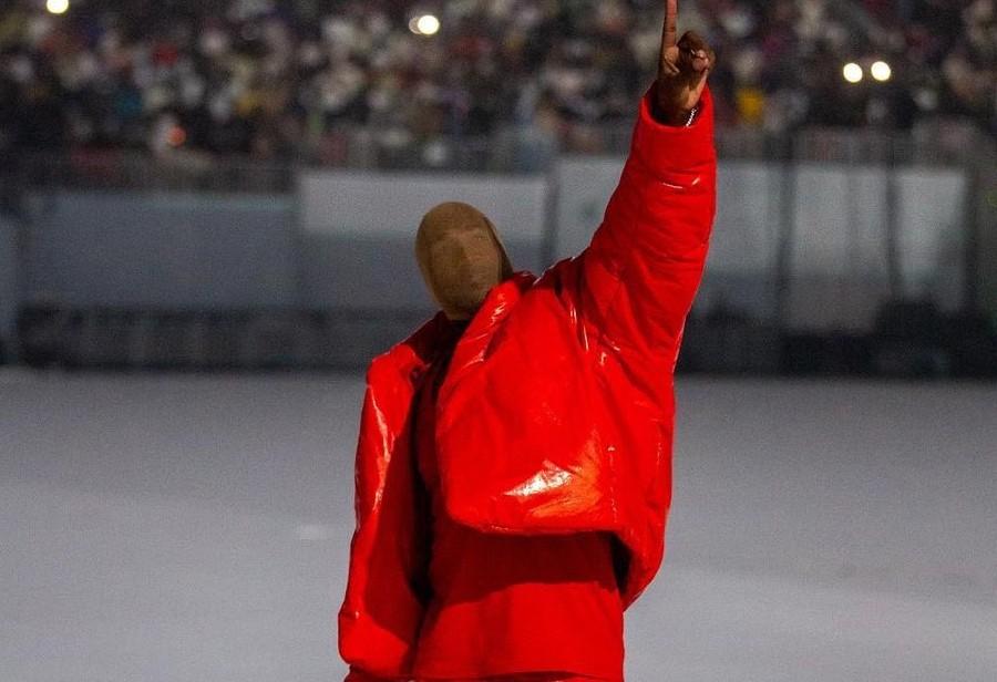 Kanye,Yeezy 1020  Kanye 丝袜套头模仿《阿基拉》!Yeezy 新鞋型完整曝光!