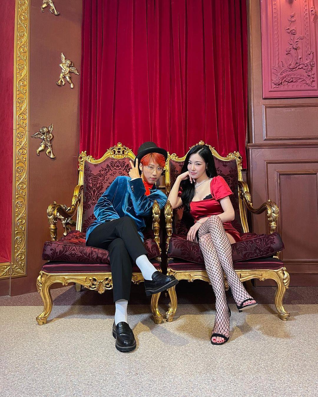 明星上脚,Somi,Tiffany,Nike,adidas,  细腰长腿的「人间芭比」!20 岁坐拥近千万粉丝!Somi 穿球鞋太会玩了!