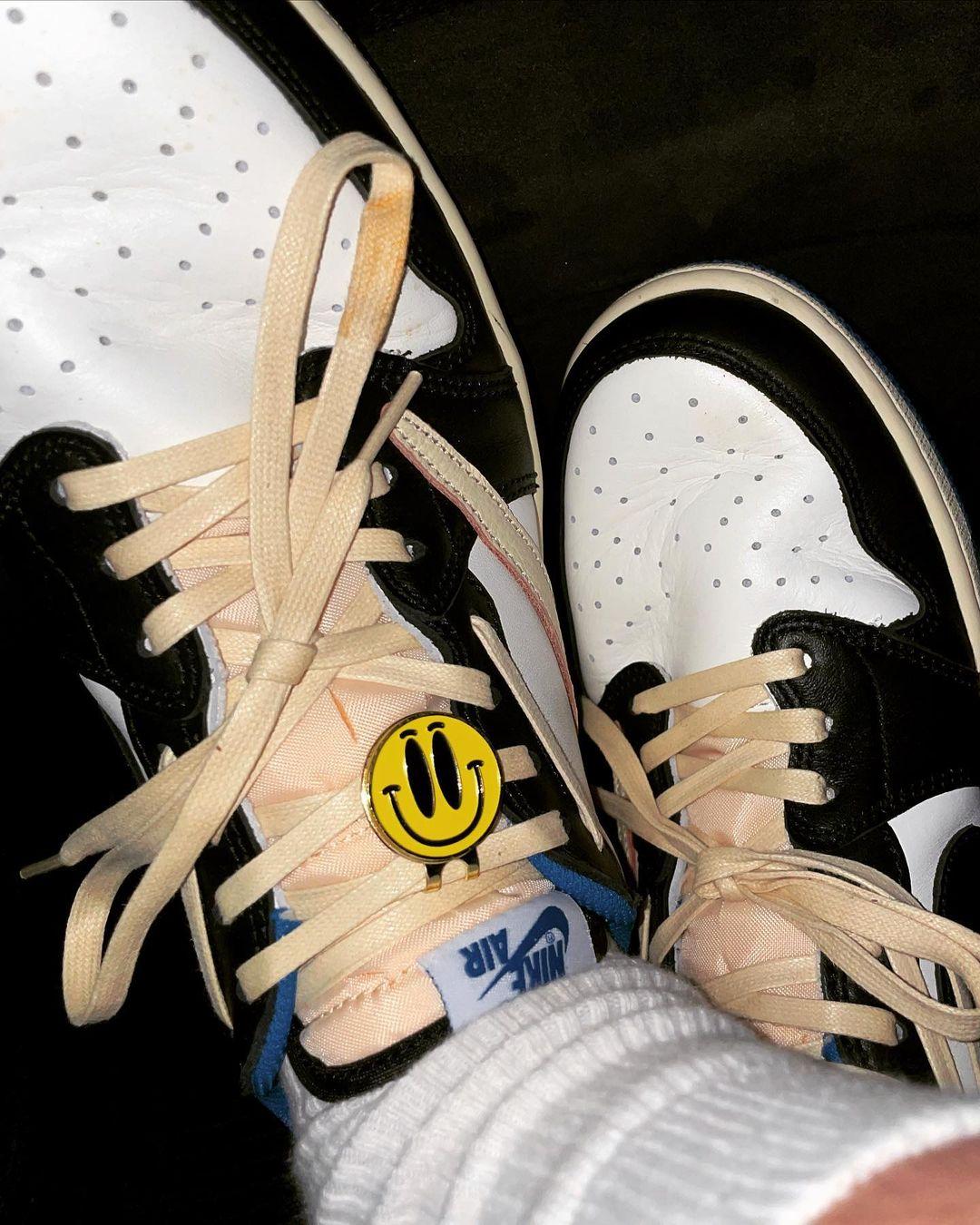 Air Jordan 1,AJ1,发售,Travis Sco  明日花、权志龙上脚闪电倒钩 AJ1!国内 SNKRS 终于上架!