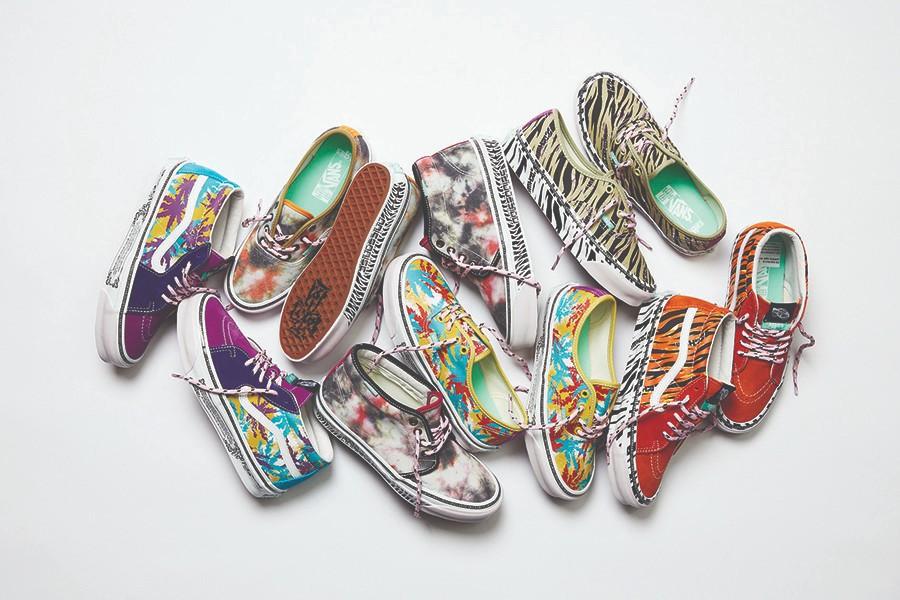 Vans  上次 6000 元的 Vans 联名又来了!新鞋一个比一个难抢!有双今天就登记!
