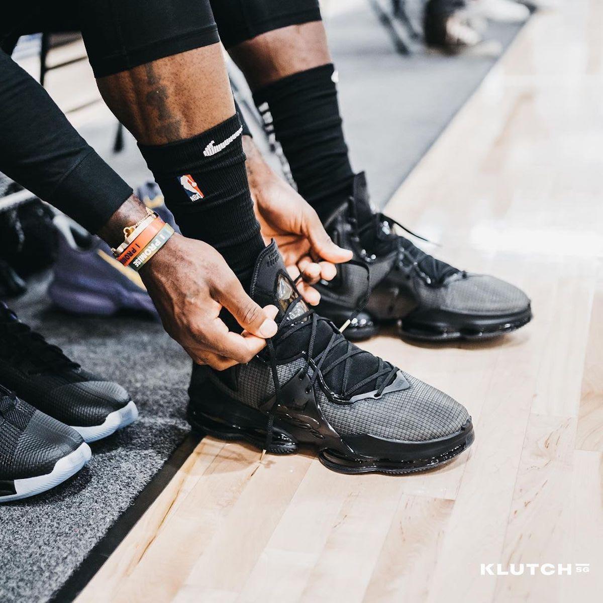 LeBron 19,Nike,上脚,明星  霸气外露!詹姆斯上脚亲晒 LeBron 19 实物!可给他乐坏了!