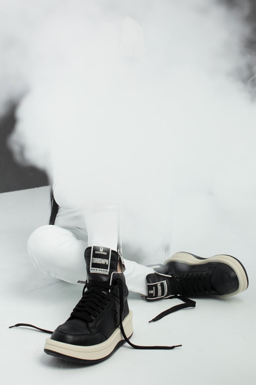 Converse,联名,鞋,今年,月份,Converse,官  上次秒售罄!RO x Converse 第二双联名鞋来了!绝对经典!