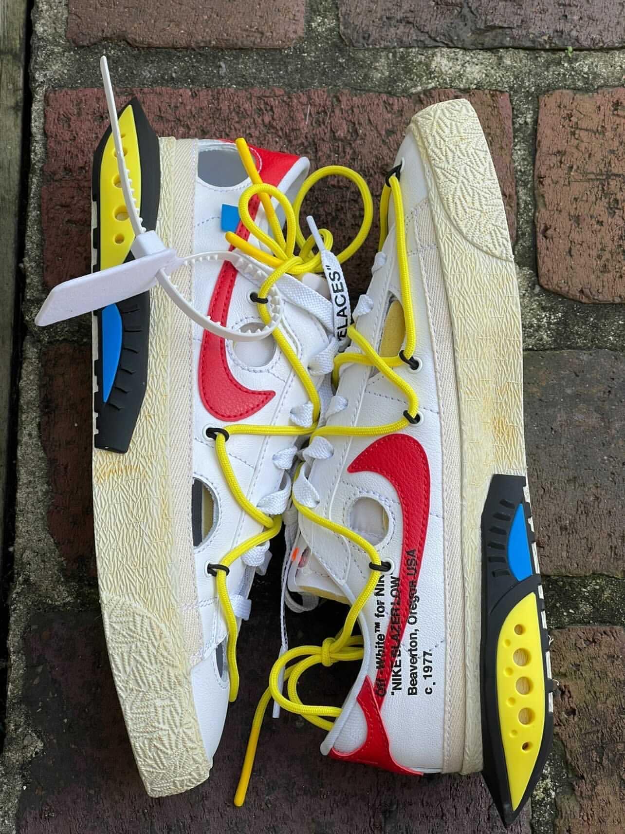 Off-White,Nike Blazer Low,DH78  最新实物图来了!OW x Blazer 将于今年发售!