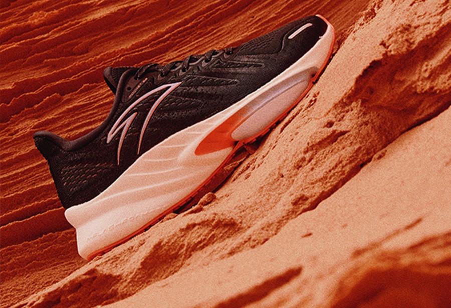 安踏,火箭鞋,发售  芜湖起飞!安踏「火箭鞋」刚刚上架!搭载升级虫洞科技!