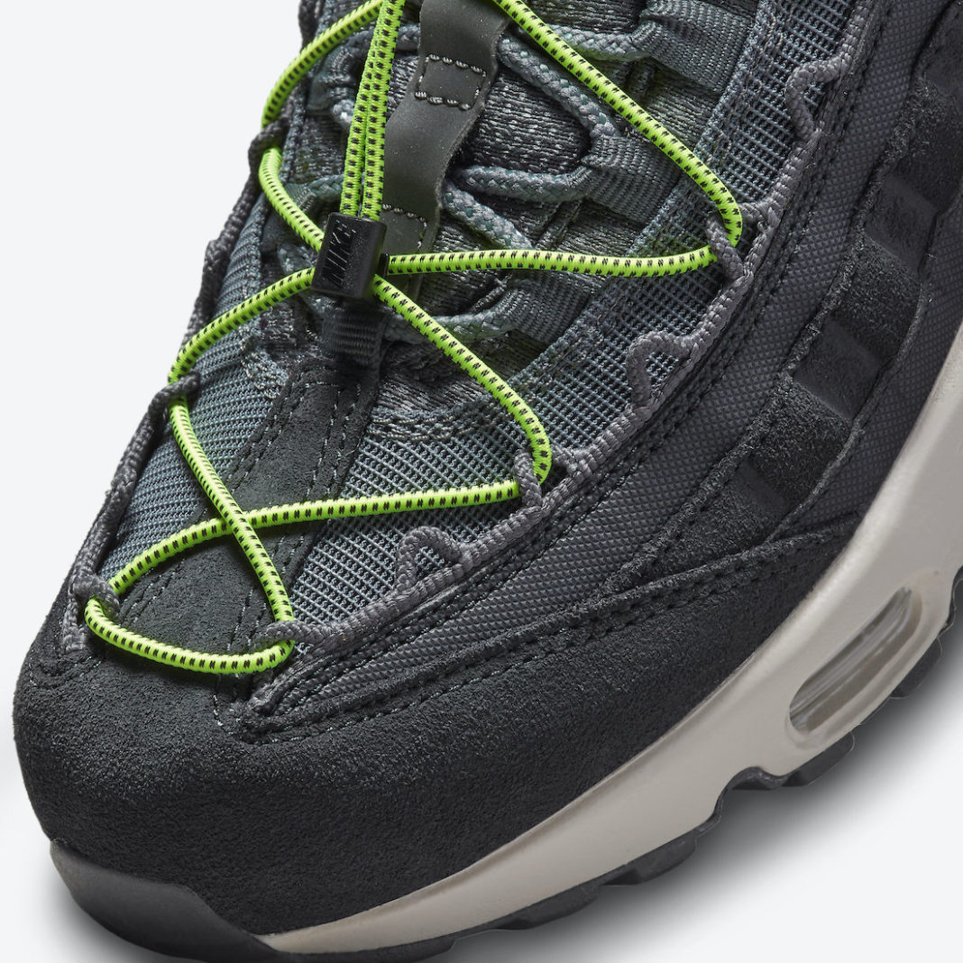 Nike,Air Max 95,DO6391-001  绿色鞋带真抢眼!全新 Nike Air Max 95 官图曝光!